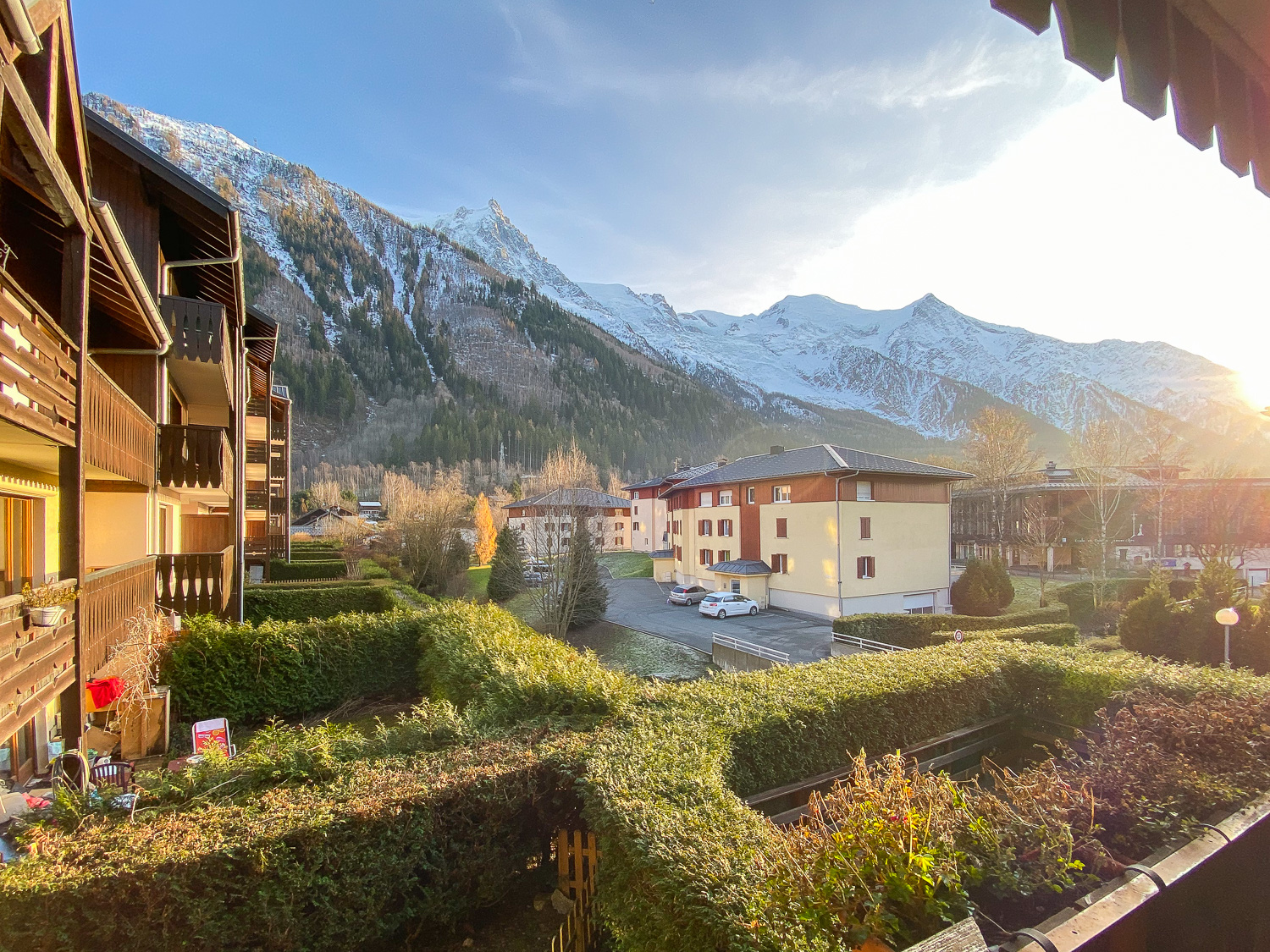 Bright and sunny 3 bedroom apartment for sale in Chamonix centre