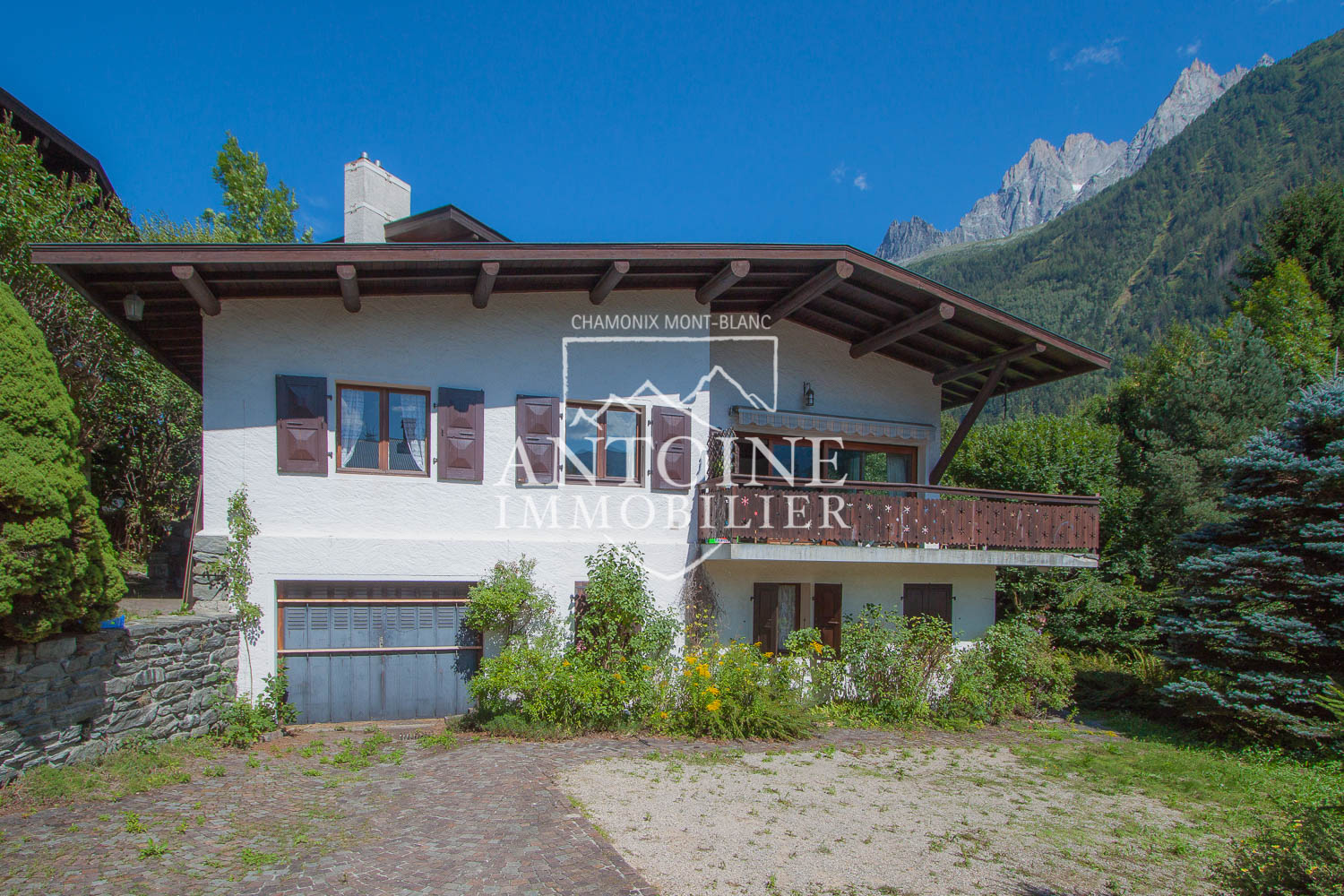 4 bedroom chalet for sale in Chamonix
